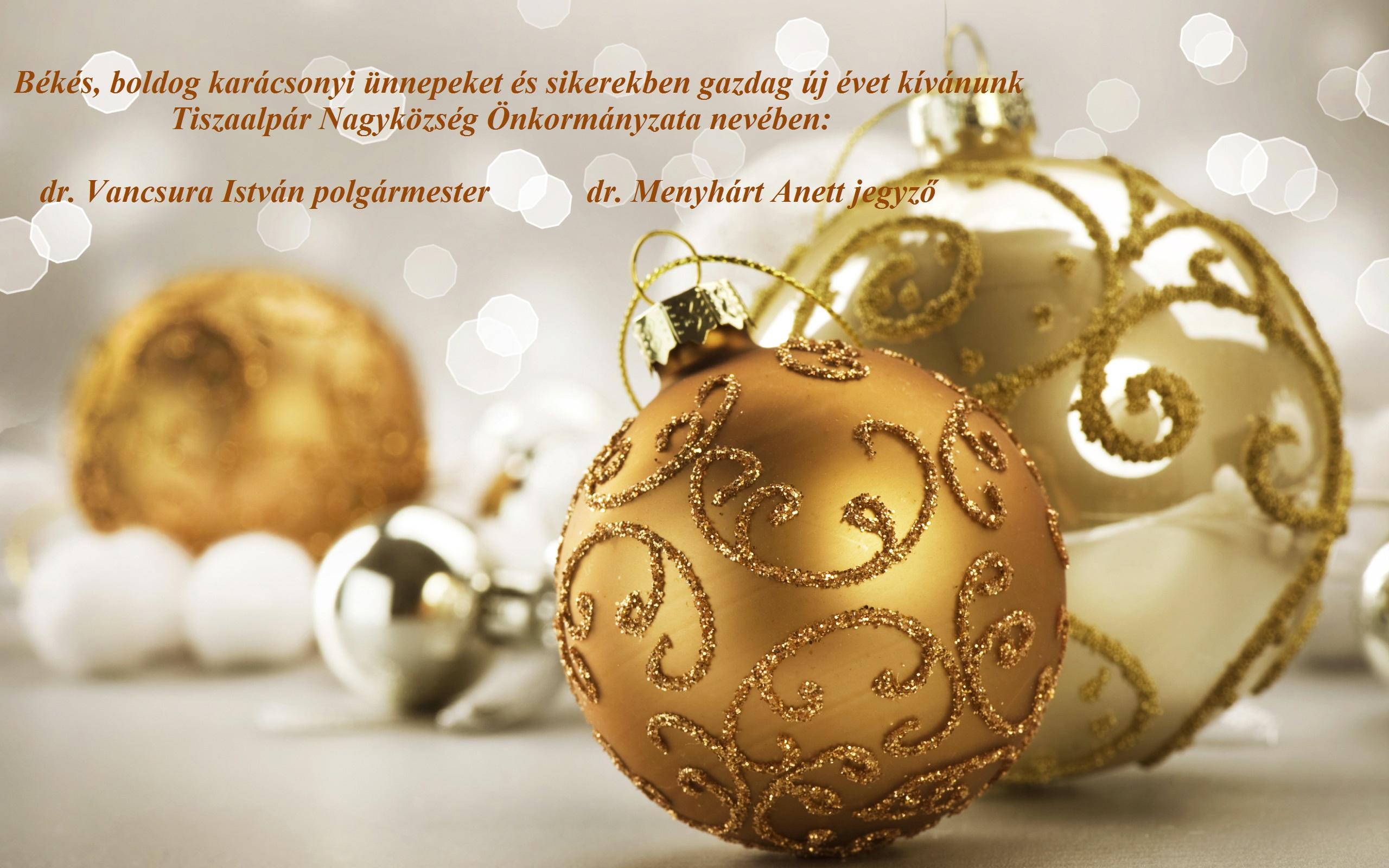 Nice_Christmas_Background_with_Gold_Christmas_Balls_2(1)